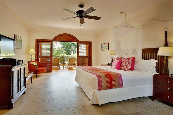 Spanish Courtyard Suite